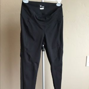 Old navy leggings, M petite with side mesh panel